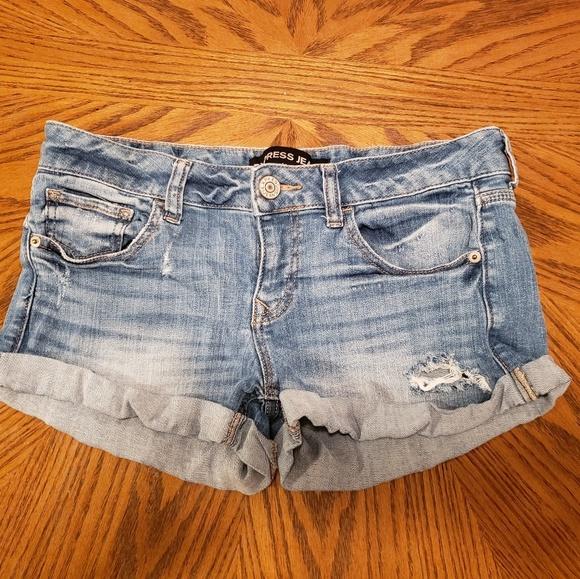 Express Pants - Distressed denim Express short shorts